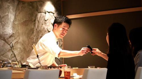 【大阪 梅田】大阪の本格江戸前寿司店の求人