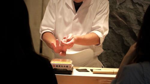 【大阪 梅田】大阪の本格江戸前寿司店の見習い求人