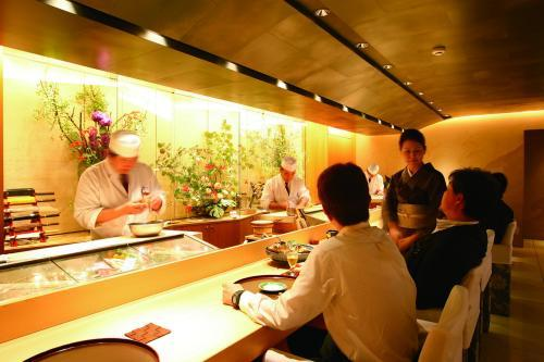 【愛知県 名古屋市】寿司職人見習いの求人
