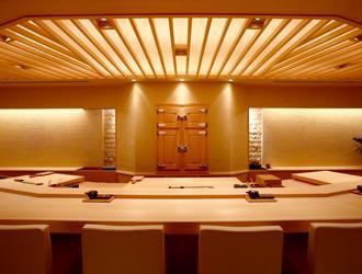 【東京】国内屈指の江戸前鮨店での、すし職人、店長候補の求人