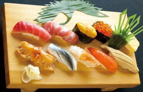 食べ放題でも手を抜かない 江戸前寿司を提供
