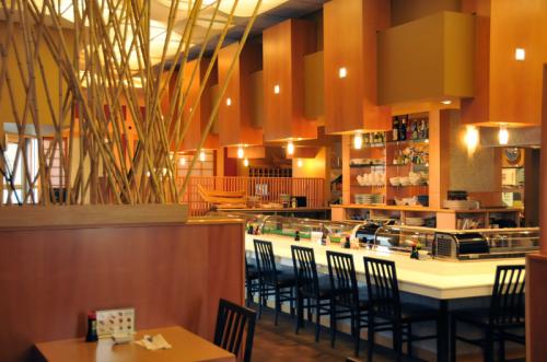 【カナダ】エドモントンで45年 老舗日本食レストランで働きませんか?