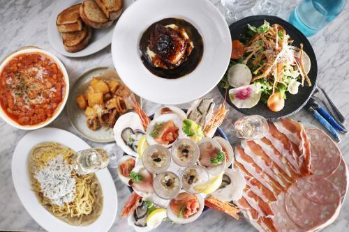 【町田・相模原】オープン~1年 新鮮食材を扱い進化続ける「STRI」の料理人募集
