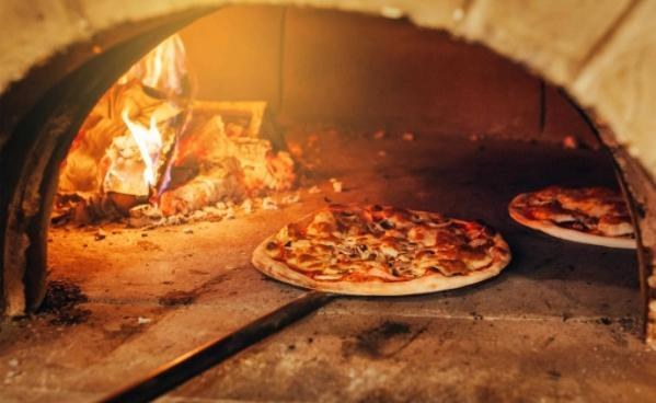 【町田・相模原】新鮮食材を扱い進化続ける「STRI」のピッツァイオーロ募集