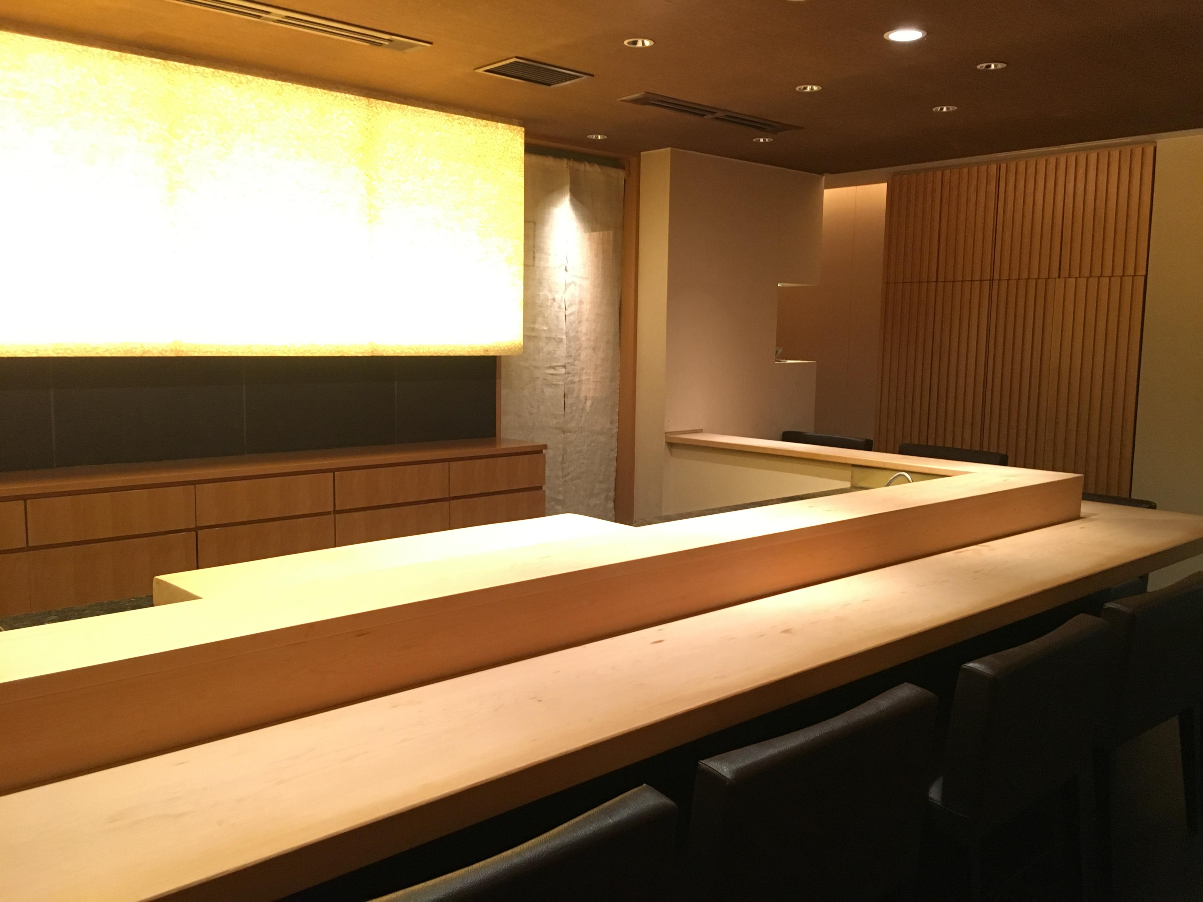 【東京・赤坂】世界中の人々を魅了する高級鮨店の募集