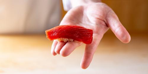 【赤坂】世界中の人々を魅了する高級鮨店の求人です