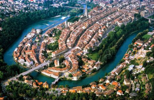 世界遺産に登録されているベルンの旧市街の俯瞰