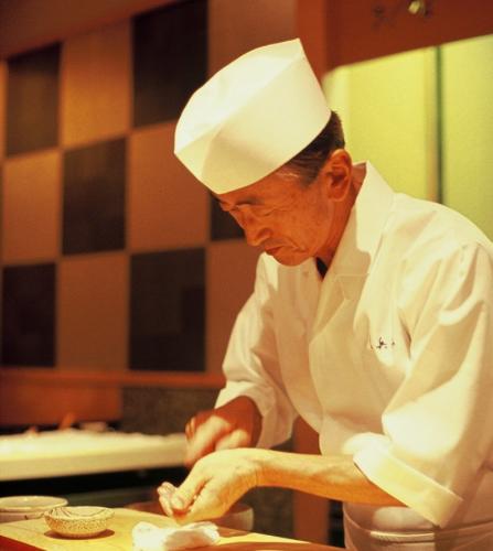 【大阪】銀座の老舗 久兵衛で一流の職人になる!