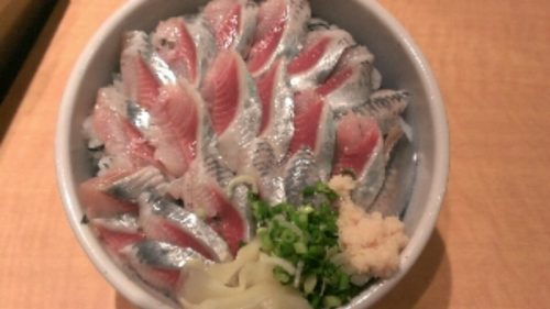 人気おすすめランチ600円(いわし丼)